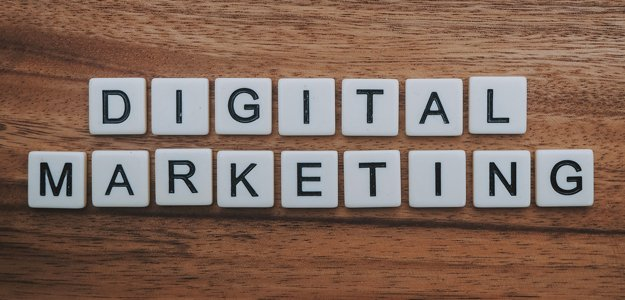 Read more about the article Marketing Your Insurance Agency 101: Embracing Digital