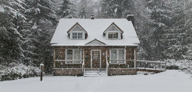 Learn about wintertime claims and how to help policyholders reduce them.